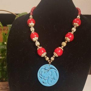 Vintage elephant pendant necklace